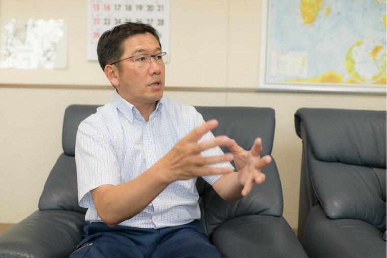 松永賢治さんのインタビュー中の画像