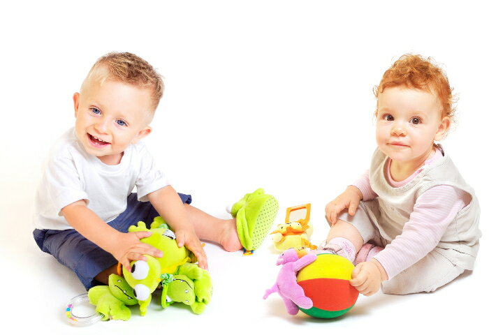 知育玩具で遊びながら脳を育てる!楽天市場10万商品の知育玩具の中から、0歳~3歳向けのおすすめ商品を楽天ママ社員が厳選!