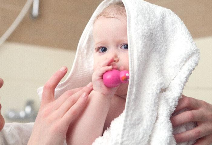 「ぷるぷる・さらさら」の赤ちゃん肌を守るスキンケア
