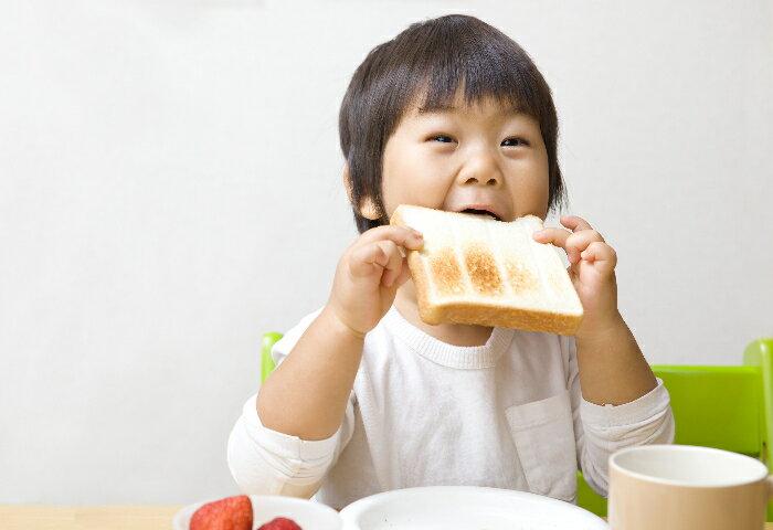 楽天ママ社員に聞きました!子どものおやつと噛む力について考えていますか?