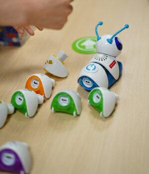 英語の学習に、英語圏で生まれたおもちゃだからこそできること
