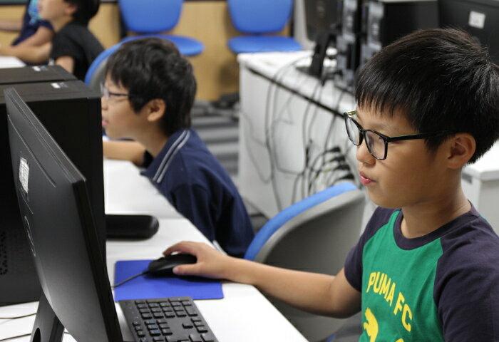 プログラミング教育が来年からスタート! 親に必要な心構えとは?