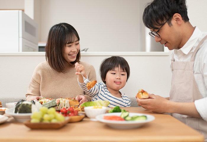 ママ1000名に調査!おうち時間の増加で家庭はどう変わった?親子で楽しむ食事アイデアも聞きました