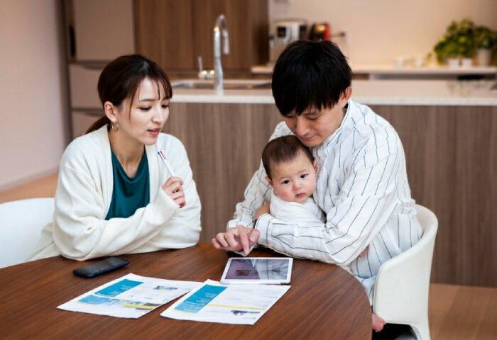 子どもの教育費はいくらかかる?学費の目安やおすすめの貯金方法も紹介!