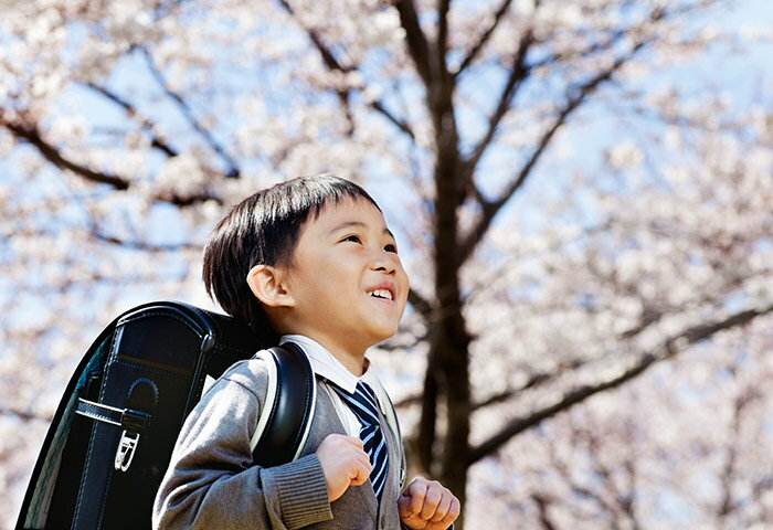 図鑑に学習ドリル…入学準備におすすめの本を小学1年生のママ・パパに調査!