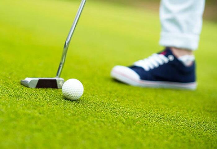 スニーカーのようにスタイリッシュ! 有名スポーツブランドの最新ゴルフシューズ6選