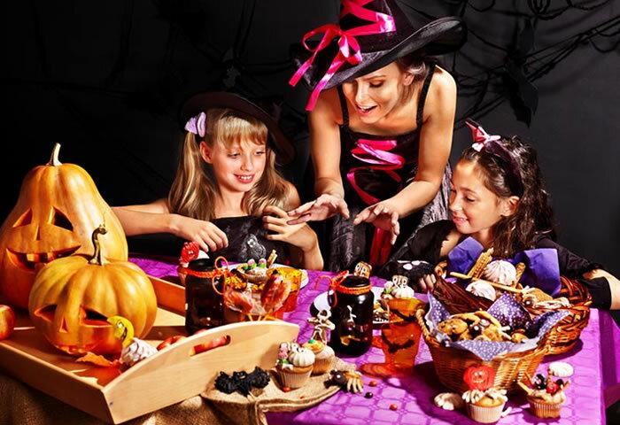 ハロウィンパーティが盛り上がる! 美味しくて楽しい卓上お菓子作り家電