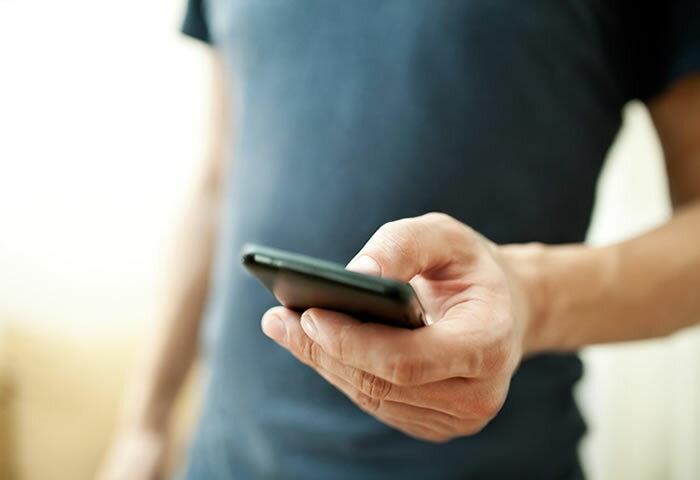 iPhone 8/Xに合わせるならコレ! 周りに差をつけるオシャレなiPhoneケース6選