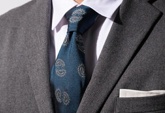 フィレンツェ発 手製ネクタイの希少性で勝負!