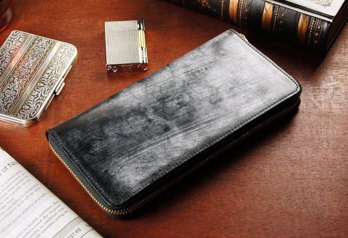 極上レザーが堪能できるブライドルレザーの長財布