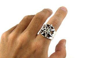 好みの石をセレクトして自分仕様にできる、七芒星フェイスのリング