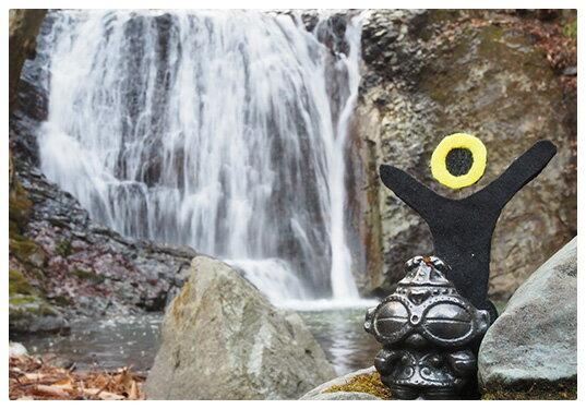 ヤハヤハスポット5 南昌山にある、ぬさかけの滝