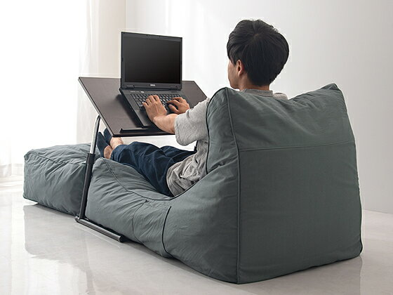 自分だけのオフィスを快適な空間にする魅惑のテレワークセット