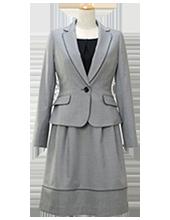 テーラードスカートスーツ