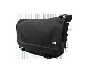 MESSENGER BAG 21L メッセンジャーバッグ