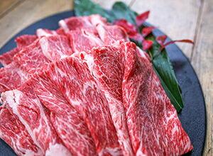 黒毛和牛肩(ウデ)スライス肉1kg&粗挽きウインナー180gセット