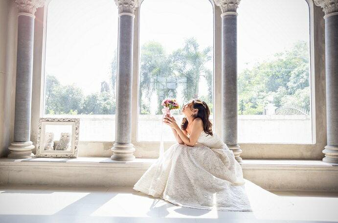 結婚祝いのメッセージ作成時のマナーや文例、アレンジ方法を紹介
