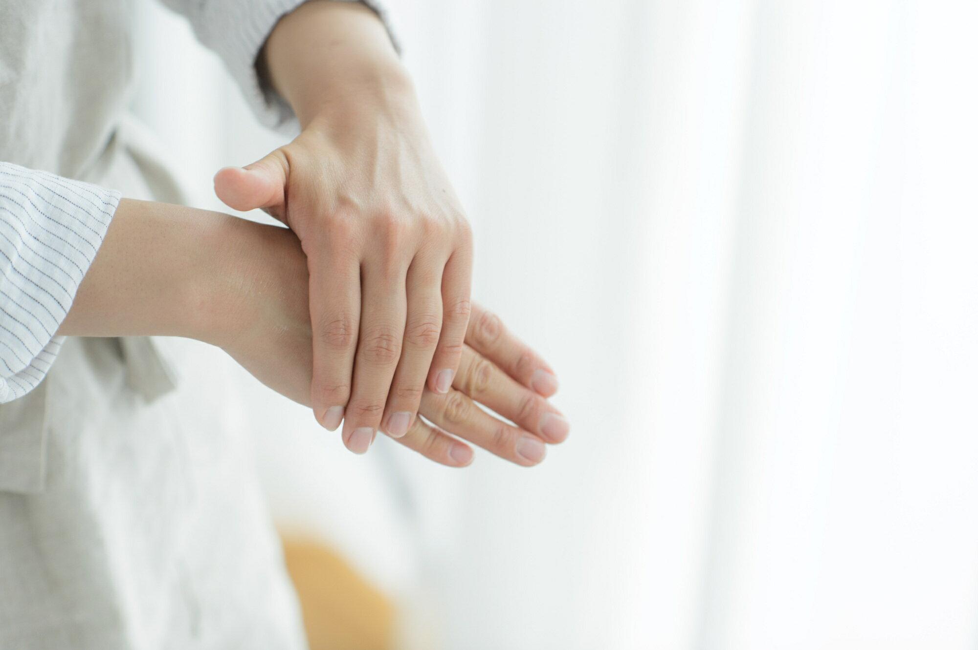 手 痺れ 妊婦 の