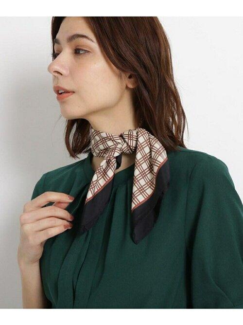 チェック柄スカーフ