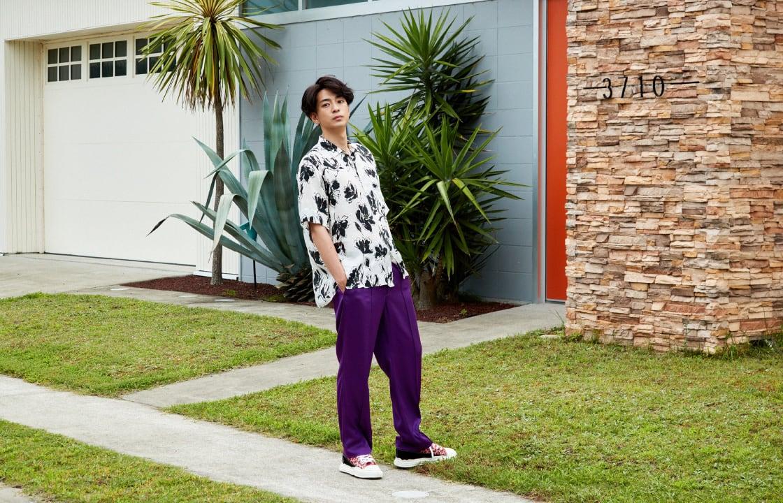 俳優・三浦翔平が着こなす色気漂うリゾートコーデ