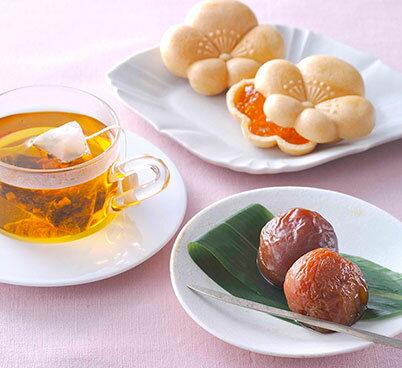 杏菓子・紅茶のセット