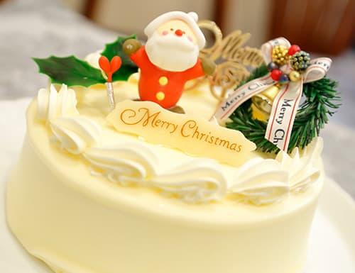 バタークリームのクリスマスケーキ