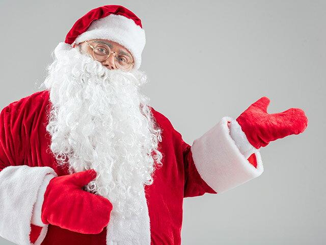 サンタの服はなぜ赤いの?