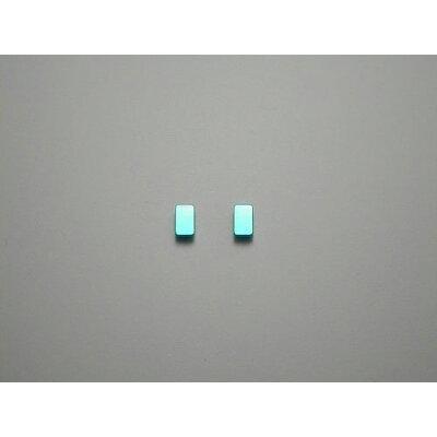チタンピアス チタン製 モチーフピアス 長方形 ライトブルー 青