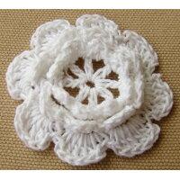 いろはism 手編みのお花モチーフ ホワイト 2個入