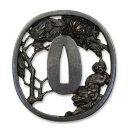 古の金工師の技を今蘇らせる侍の魂の技と美 唐獅子牡丹図鍔 RUM-T011 (0834909)