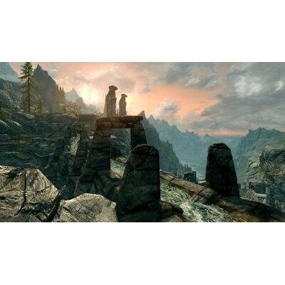 The Elder Scrolls V: Skyrim(ザ エルダースクロールズ V:スカイリム)/Switch/HACPAF3CB/【CEROレーティング「Z」(18歳以上のみ対象)】